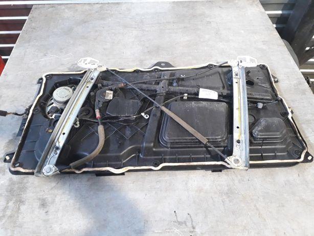 Ford Fiesta Elektryczny mechanizm podnoszenia szyby prawy przód