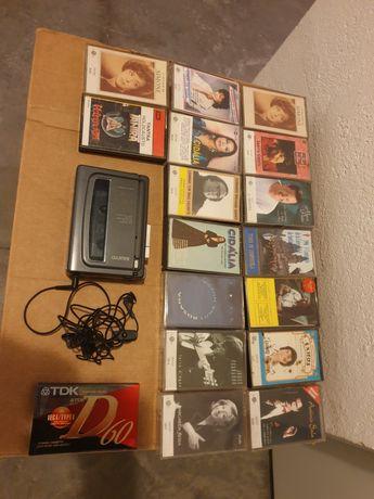 Conjunto de Walkman e 16 cassetes