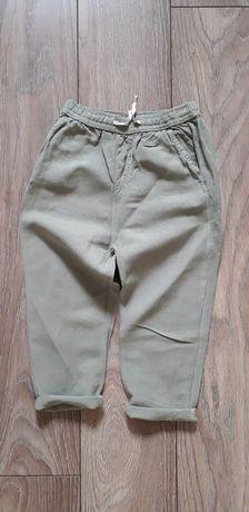 Spodnie materiałowe oliwkowe Zara rozm 104