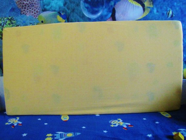 Prześcieradło bawełniane, jersey z gumką na materac 120 x 60 żółte