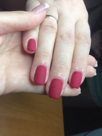 Маникюр / наращивание ногтей