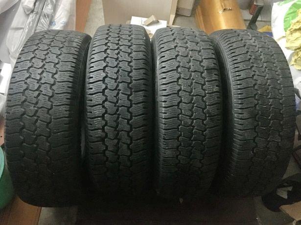 Шины зимние Roadstone Radial A/T 245/75 R16. Комплект 4 шт. цена за 1.