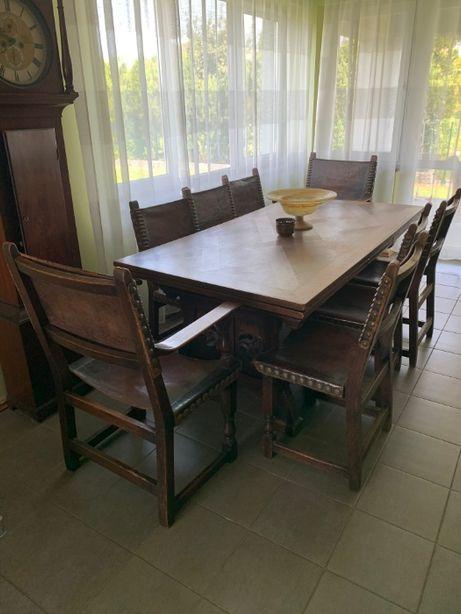 Stary stół dębowy rozkładany