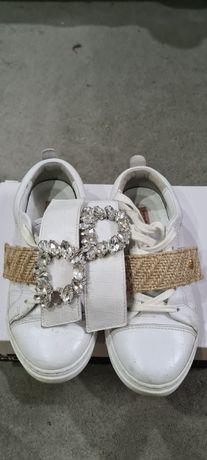 Sapatilhas brancas menina marca Friendly Fire