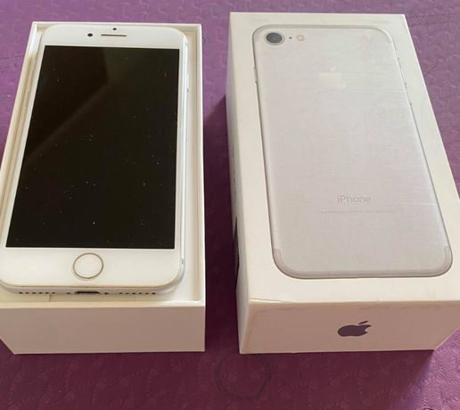 iPhone 7 32 GB srebrny - ideał