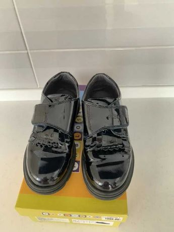 Туфли из натуральной лакированной кожи Pablosky 32р