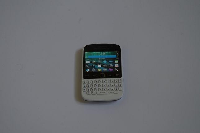 Smartfon Blackberry 9720