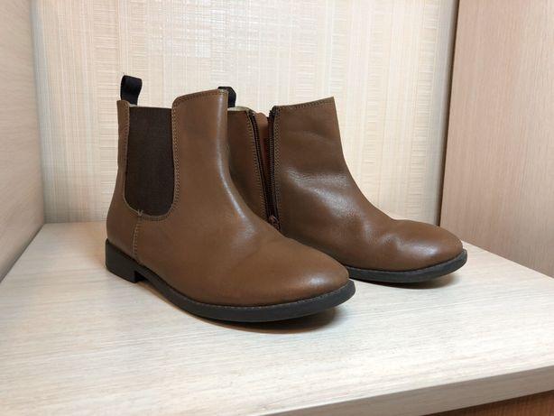 Кожаные демисезон ботинки полусапожки на девочку (34 размер)