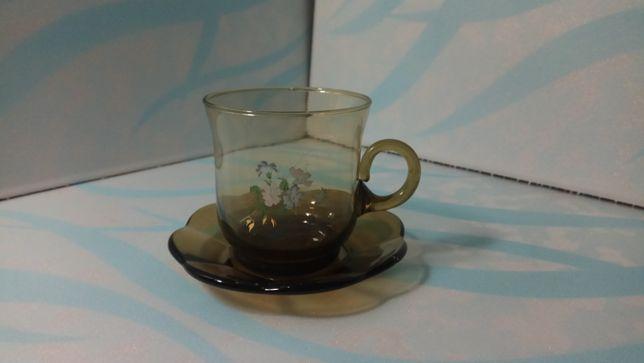 Чашка и блюдце - кофейная пара, дымчатое стекло с декором