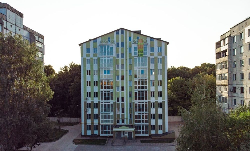 Нові, сучасні квартири від забудовника Ромни, вул.Гостиннодвірська 14В Ромни - зображення 1