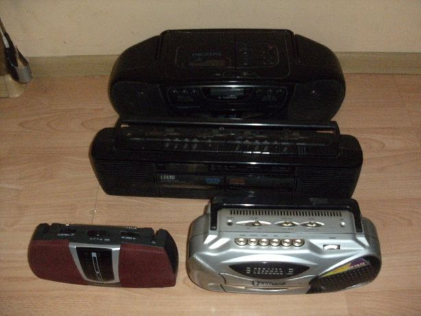 Zestaw 4 radioodbiorników