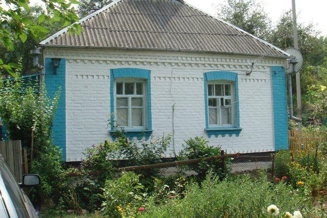 Кирпичный дом дача с большим участком не далеко от Киева.35 км.Лес.