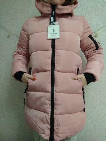 Куртка женская , пуховик