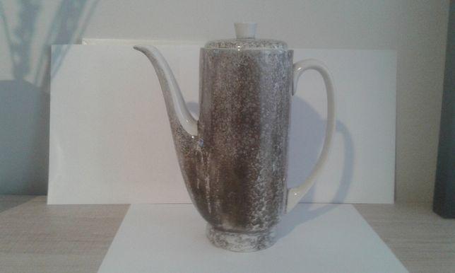czajnik ćmielów porcelana