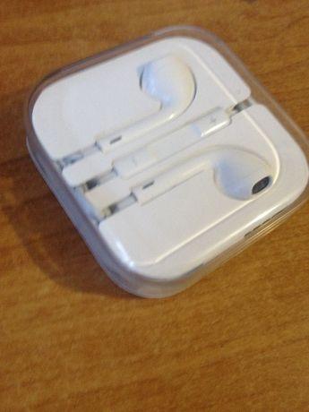 Наушники Apple. новые.