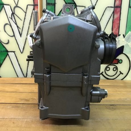 Поршнева-Гильза-Картер-Головка-Блок-цилиндр-5VK01-Yamaha-Ямаха -XT660