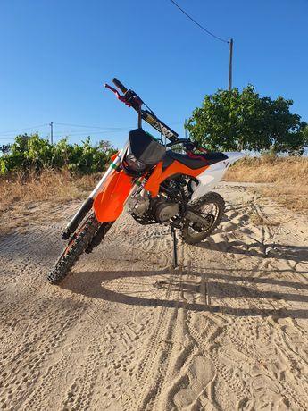 Malcor xlz 125cc 2021 pit bike ler descrição