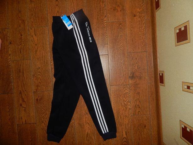 Зимние теплые штаны Adidas Новые с бирками Размер L-M