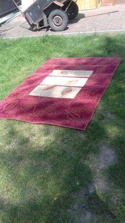 Stary dywan strzyżony