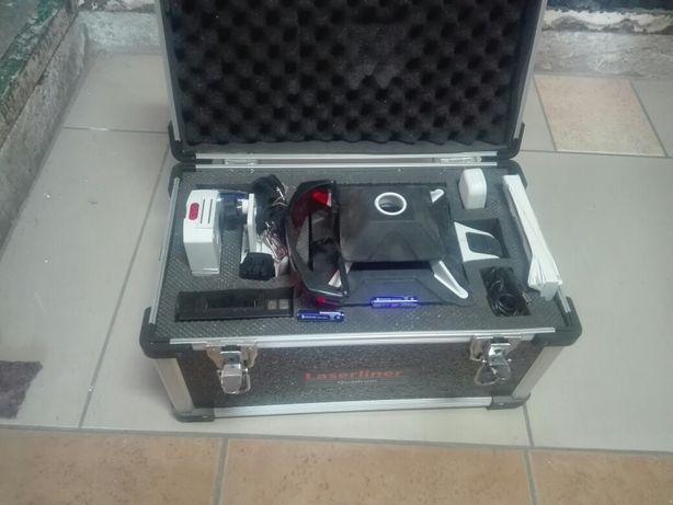 Niwelator ,laser,laserlinier