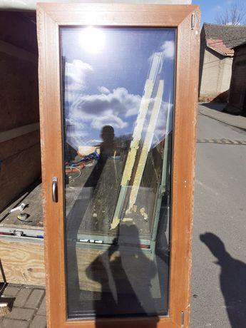 Okno drzwi balkonowe.