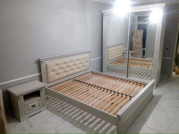 Мебель дерев'яна