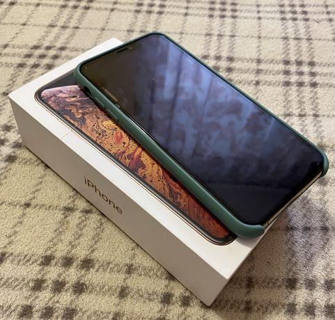 iPhone Xs Max Gold 64 GB полный комплект.