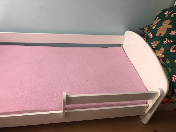 Łóżko 180x90 z materacem