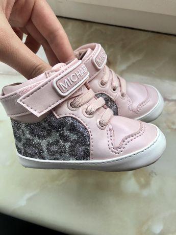 Демисезонные  ботиночки MICHAEL KORS