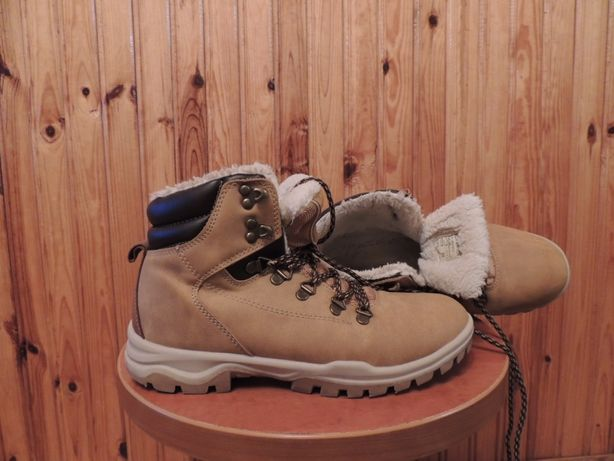ocieplane buty zimowe sprandi