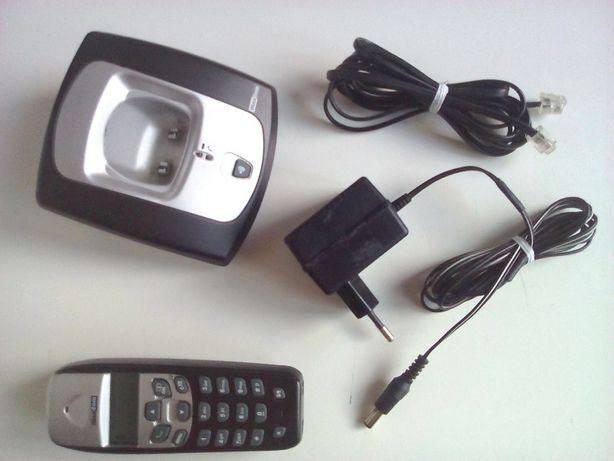 Telefon MAXCOM Model MC2000 Plus Bezprzewodowy