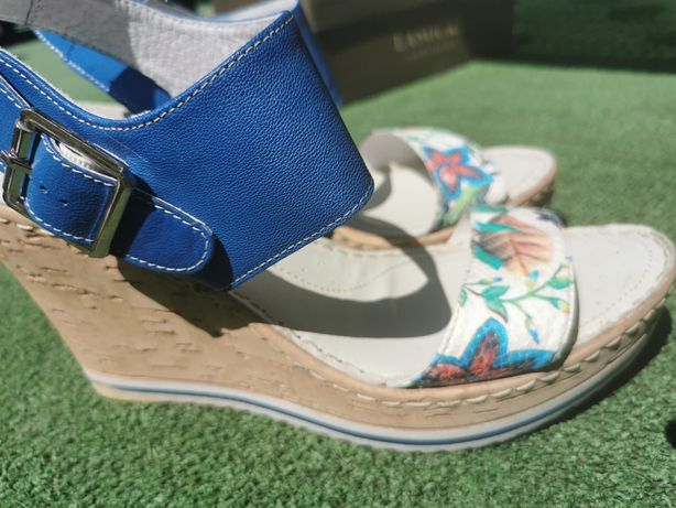 Sprzedam sandały Lasocki 41