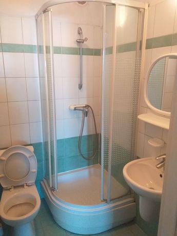 kabina prysznicowa z brodzikiem
