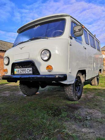 Продам УАЗ 2206!