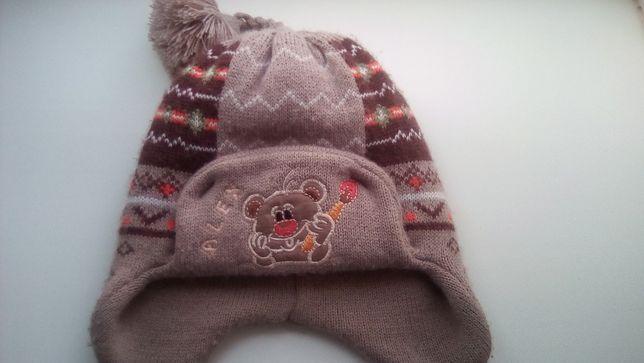 Продам зимнюю шапку на мальчика.