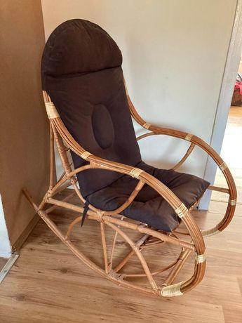 Fotel bujany wiklinowy z poduszką
