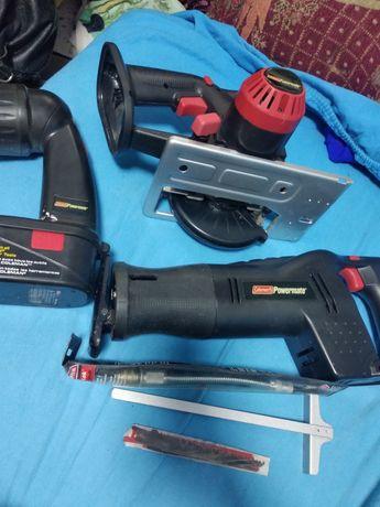 Инструменты для ремонта,набор в чемодане