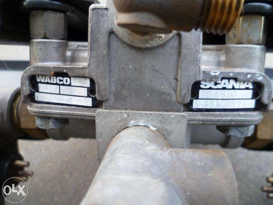 Várias peças camião Scania 124 Leiria - imagem 1