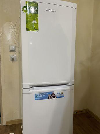 Продам холодильник Beko CSA 24010