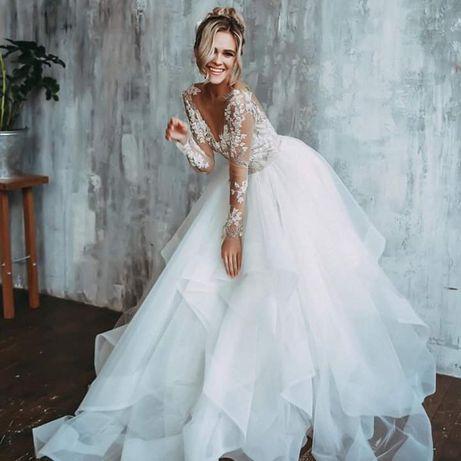 Śuknia ślubna plus welon długi i krótki