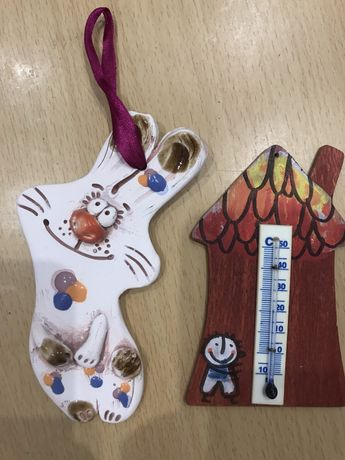 Термометр-домик и зайчик