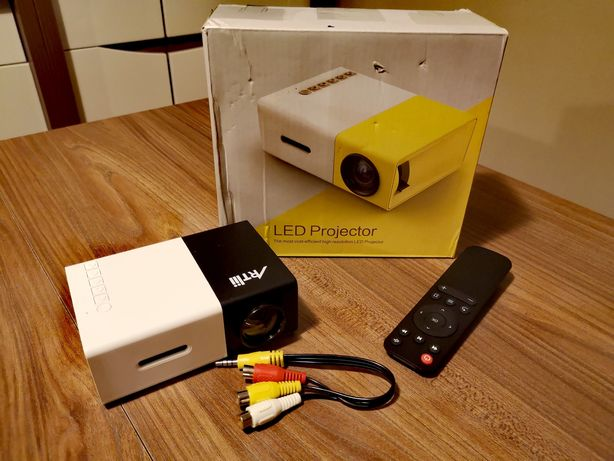 Mini projektor Artlii 2020 LED Pico HDMI USB