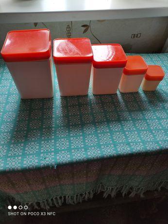 Ёмкости для сыпучих продуктов пластиковые