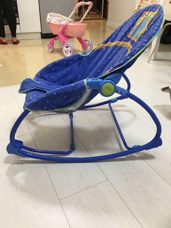 Fotelik bujany dla dziecka z wibracja
