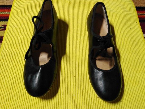 Танцевальные туфли для стэпа