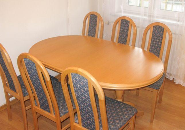 Drewniany, rozkładany stół z 6 krzesłami