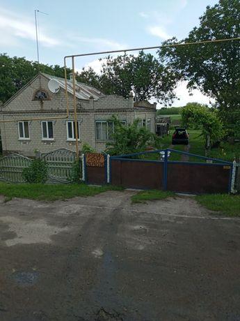 Продам дом в с.Мишурин Рог