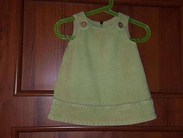 Sukienka sztruksowa zielona 6-9 miesięcy