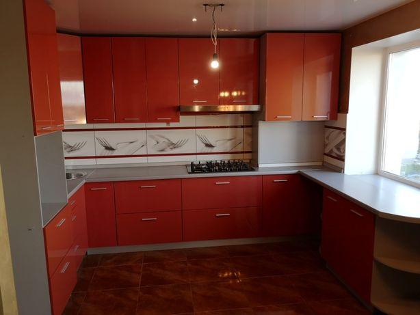 Кухня со встроенной техникой BOSCH и Teka