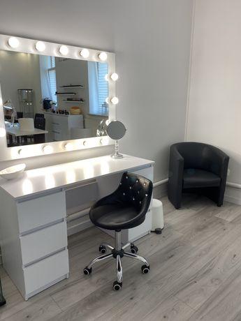 Stanowisko do makijażu - podnajmę